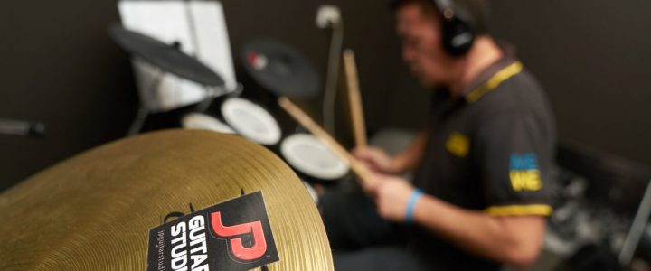 5 Reasons Why Resonate Music Offers Music Lessons Brisbane Students Need!